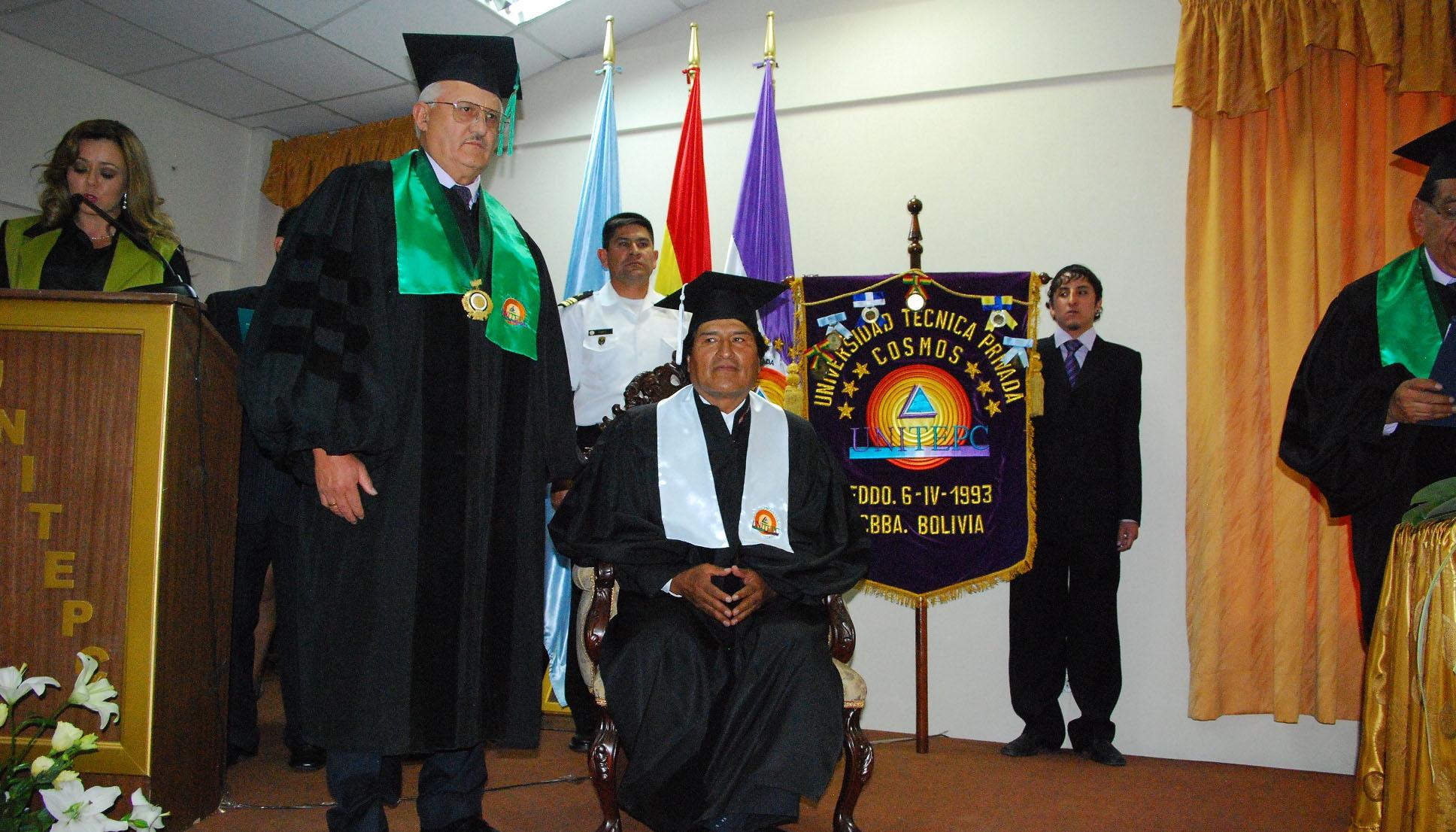Resultado de imagen para evo morales doctor honoris causa imagenes