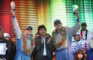 Morales reivindica papel integrador de automovilismo deportivo en Bolivia